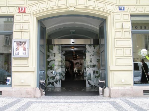 Prague 300