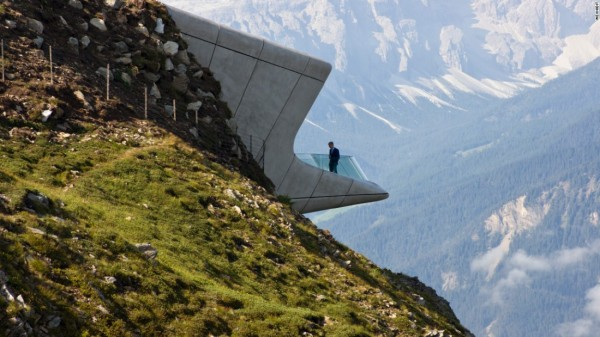 160331190520-zaha-hadid-messner-mountain-museum-super-169