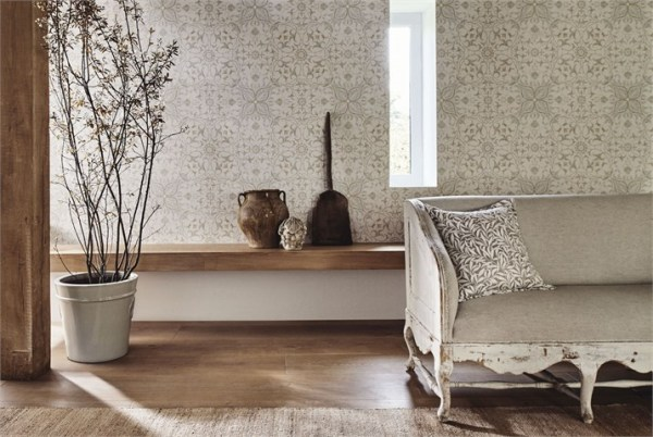 6-morris-pure-wallpaper-net-ceiling-main-classic-patterns-natural-neutral-sofa-cushions-living-space